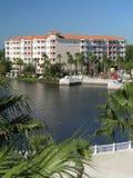 2 budynków plażowych jezioro kurortu wakacje Fotografia Royalty Free
