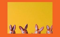 2 bunnies Πάσχα Στοκ εικόνες με δικαίωμα ελεύθερης χρήσης