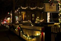 2 christmas street victorian 免版税图库摄影