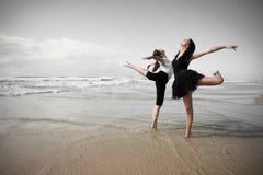 2 dansare Fotografering för Bildbyråer