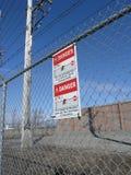 2 elektryczny zagrożenia znak Obrazy Royalty Free