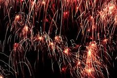 2 explosioner tänder nattskyen Fotografering för Bildbyråer