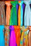 2 färgglada scarves Arkivbild