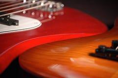 2 gitarrer Fotografering för Bildbyråer