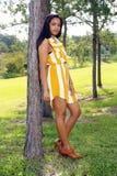 2 gulliga utomhus teen latina Royaltyfria Bilder