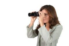 2 härliga kikare som ser kvinnan Arkivfoton