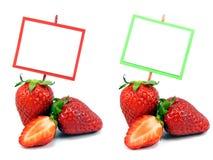 2 immagini delle fragole fresche con lo spazio della copia Immagine Stock