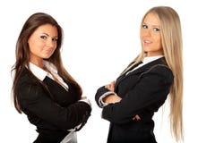 2 jeunes belles femmes d'affaires Images stock