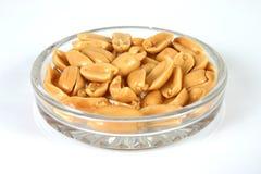 2 jordnötter Arkivbild