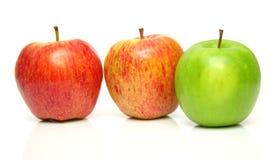 2 juicy ώριμος μήλων Στοκ φωτογραφία με δικαίωμα ελεύθερης χρήσης