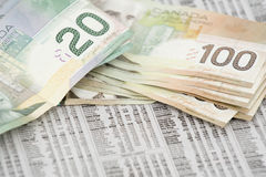 2 kanadyjczyków targowy pieniądze zapas obraz royalty free