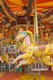 2 karusellhästar arkivfoto