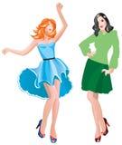 2 Mädchen, die in der beiläufigen Abnutzung ankleiden Lizenzfreies Stockfoto