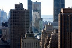 2 manhattan s skyskrapor Arkivfoton