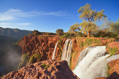 2 morocco ouzoudvattenfall Royaltyfri Bild