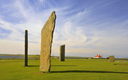 2 orkney νησιών νεολιθικές μόνιμες πέτρες stenness Στοκ εικόνα με δικαίωμα ελεύθερης χρήσης