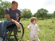 2 picnic αναπηρική καρέκλα Στοκ φωτογραφίες με δικαίωμα ελεύθερης χρήσης