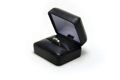 2 pierścionek zaręczynowy zdjęcie royalty free