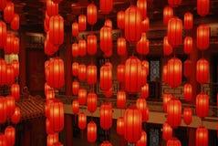 2 röda lyktor Arkivfoton