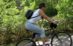 2 rowerzystów ruch Fotografia Royalty Free