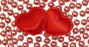 2 Silk красных сердца Стоковая Фотография