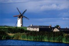 2 skerrieswindmills Royaltyfria Bilder