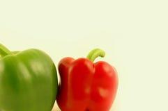 2 spansk peppar Arkivbild