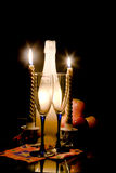 2 stearinljus aftonromantiker Arkivfoto