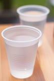 2 tazas de agua Imagen de archivo libre de regalías