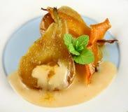 2 tjuvjagade orange pears Royaltyfri Bild