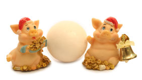2 varkens en sneeuwbal Royalty-vrije Stock Fotografie