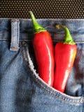 2 varma jeans Arkivbilder