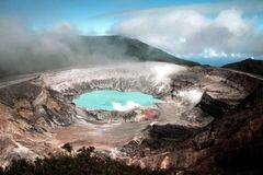 2 volcan 库存图片