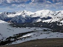 2 wysokie góry zimy. Obraz Royalty Free