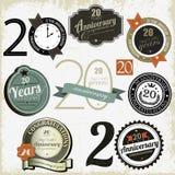 20 jaar van verjaardagstekens en kaarten ontwerp Stock Foto's