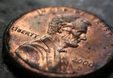 2000 moedas de um centavo da obscuridade Imagem de Stock