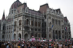 2006 demonstrationer politiska hungary Arkivbild