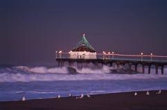 2007个海滩大曼哈顿码头黎明前星期三 库存图片