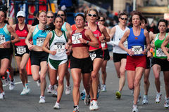2008年波士顿马拉松奥林匹克s试算我们妇女 免版税库存照片