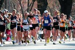 2008 experimentações olímpicas da maratona das mulheres dos E.U., Boston Imagens de Stock Royalty Free