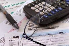 2008 Formulare der Bundeseinkommensteuer Lizenzfreie Stockbilder