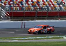 2008 NASCAR - Stewart Practices Royalty-vrije Stock Foto's