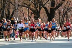 2008 épreuves olympiques du marathon des femmes des USA, Boston Image stock