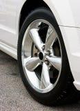 2009年bullitt Ford Mustang轮子 库存照片