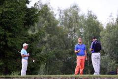 2009高尔夫球运动员prevens trpohee等待 库存照片