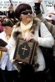 2009 ενάντια στα protestors Ρήγα υπερηφάνειας Στοκ φωτογραφίες με δικαίωμα ελεύθερης χρήσης