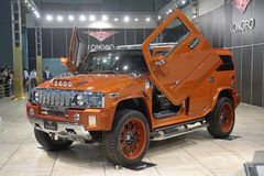 2009 auto-show Guangzhou. Hummer 4x4 show in 2009 international auto show GuangZhou. it is from 24/11/2009 to 30/11/2008. Photo taken in 29/11/2009 Royalty Free Stock Photography