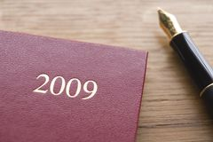 2009 Diary And Fountain Pen Royalty Free Stock Images