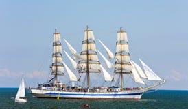 2009 mir赛跑高的船 库存图片