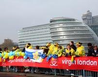 2010年伦敦马拉松贞女 图库摄影